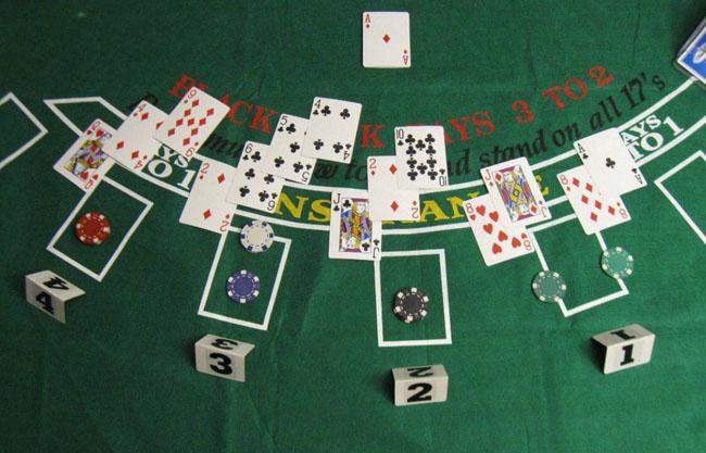 بهترین سایت بازی پوکر + بیشترین تعداد لازم در بازی پوکر