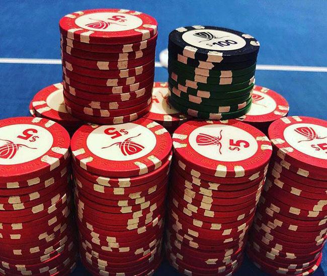 آدرس سایت معتبر بازی پوکر + برداشت آنی و ایجاد درآمد ثابت