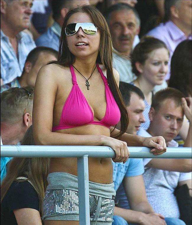 فرمول بیش از 2.5 گل در شرط بندی فوتبال | پولسازترین فرمول پیش بینی قوتبالی