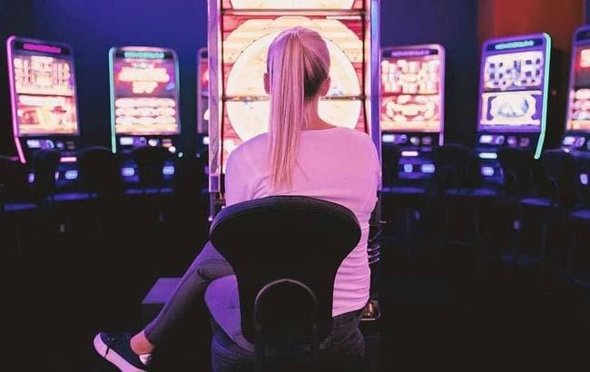 دلیل علاقه مند بودن ثروتمندان به بازی باکارات چیست؟ | سایت معتبر باکارات