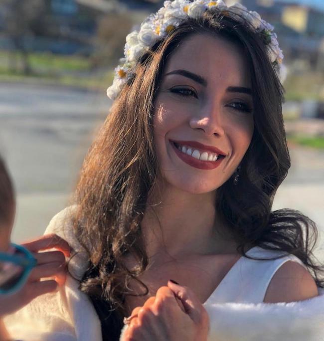 ملیس توزنگوچ Melis Tüzüngüç بازیگر زیبای ترکی و ماجرای طلاقش