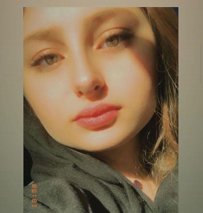 سارا فرقانی کیست؟   تصاویر بی حجاب سارا بازیگر سریال پایتخت (+عکس)