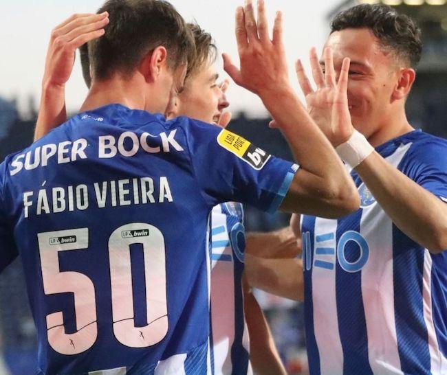 فرم پیش بینی دیدار لیورپول و پورتو لیگ قهرمانان اروپا (رایگان)