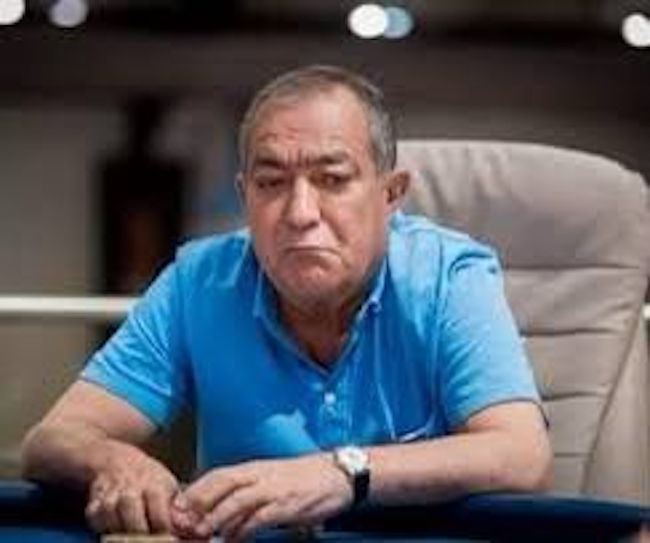 منوچهر احدپور خانقاه کیست؟ | بررسی پولساز ترین بازیکن پوکر در تاریخ ایران (+عکس)